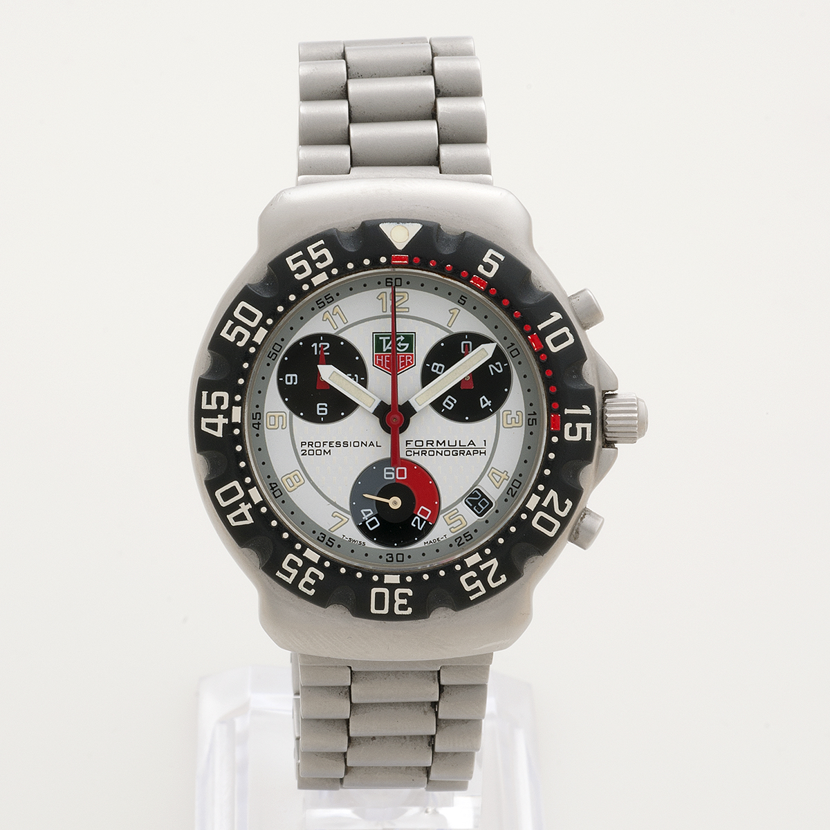 tag heuer formula 1 vintage tag heuer f1 men 39 s watch. Black Bedroom Furniture Sets. Home Design Ideas