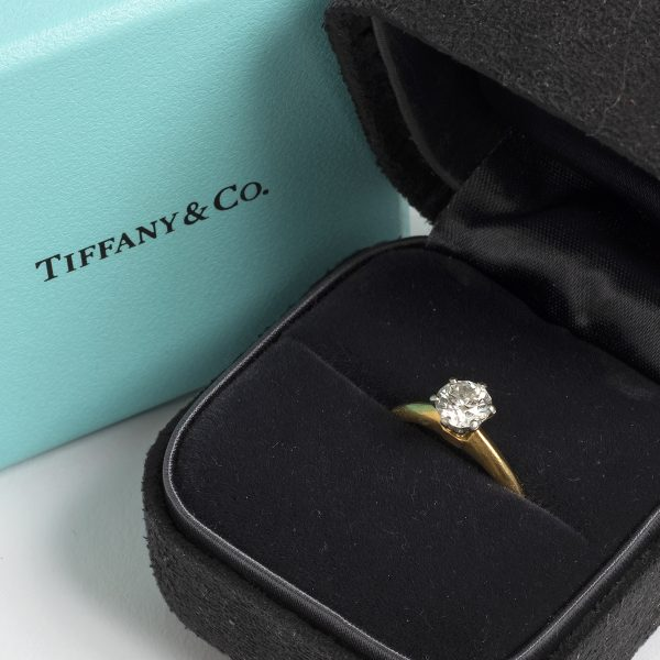 Tiffany & Co Engagement ring .66ct size K1-2 JS306_1