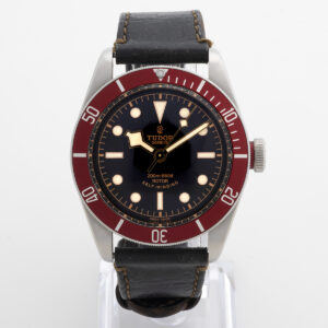 Tudor Black Bay red 79220R W2663_1